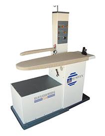 Mesa de planchado STX500  | Planchas Industriales | Planchas Industriales | Hi-Wash - Soluciones de Lavado, Secado y Planchado